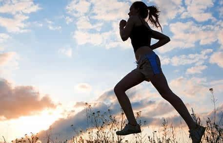 细数健身几大误区:拿运动饮料解渴