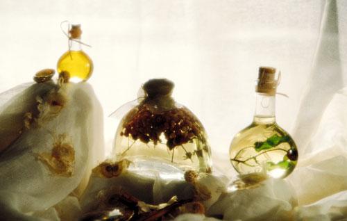 冬季养生之药酒泡法和忌宜