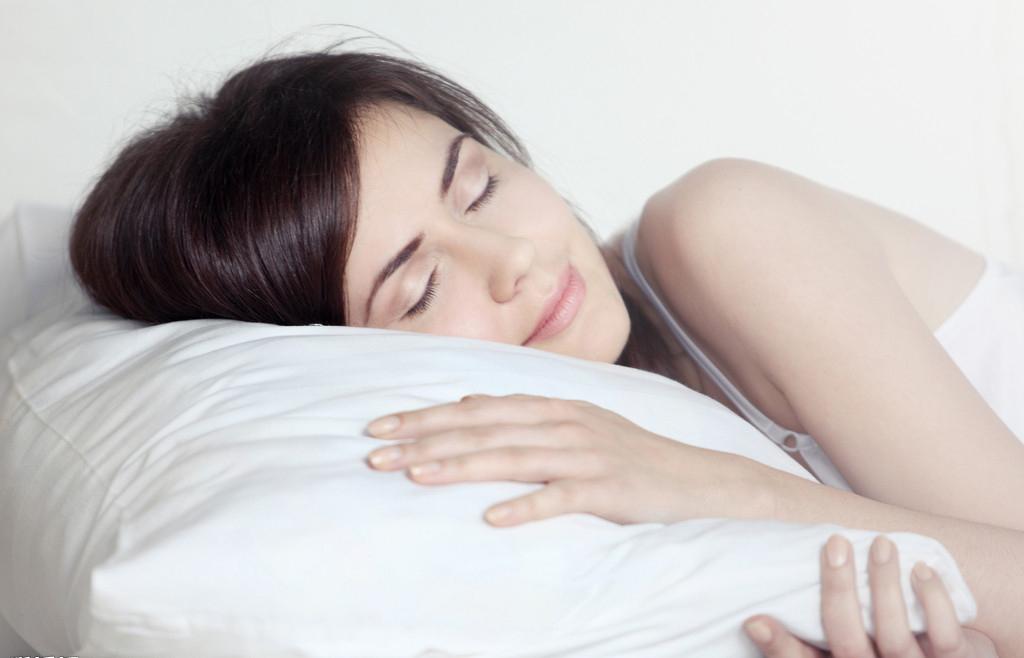 睡姿也会影响健康 哪种姿势对身体最有利?