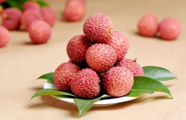 夏天吃多了容易的上火的水果 可不能敞开了吃!