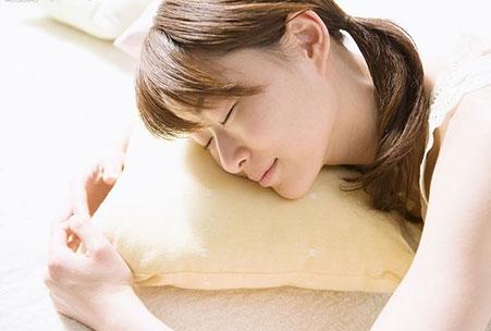 """睡眠""""过长""""或""""过短""""都影响身体健康"""