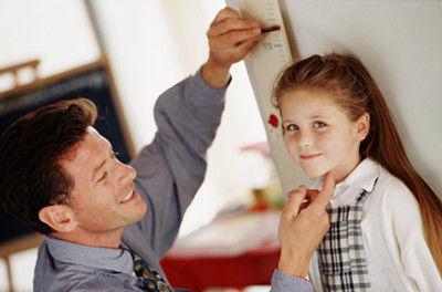 都有啥会影响孩子身高? 吃啥有助长高?